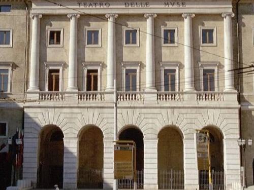 teatro delle muse ancona foto